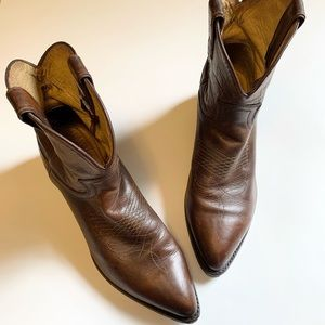 Frye Billie short western cowboy boot size 9.5